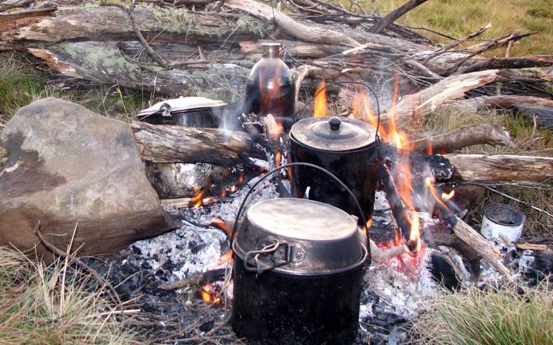 Safe cooking on a campfire